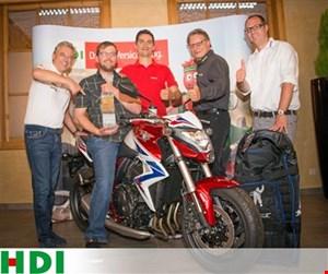 """""""Österreichs sicherster Motorradfahrer"""" erhält eine neue Honda CB1000R"""